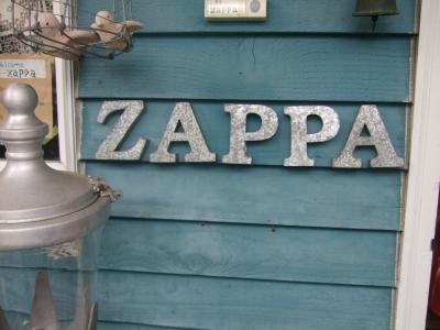 s-ZAPPA4.jpg